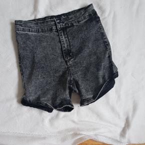 Short taille 38