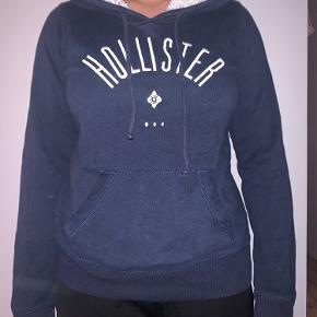Hollister sweater