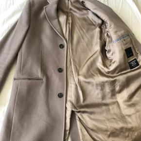 Varetype: Cashmere/uld Frakke Farve: Beige Oprindelig købspris: 3500 kr.
