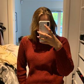 Sweater fra H&M. Brugt en håndfuld gange. Nypris 199