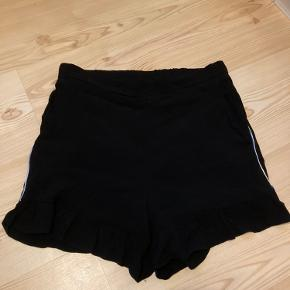 Rue de Femme shorts