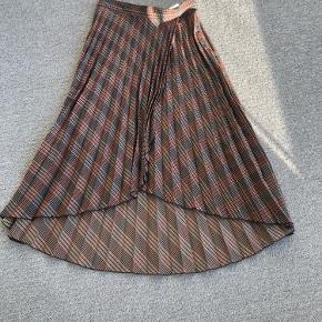 H&M kjole eller nederdel