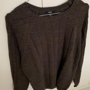 Mavi sweater