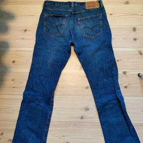 Levis 501 Regular Fit - Størrelse 32x32 i super fin stand
