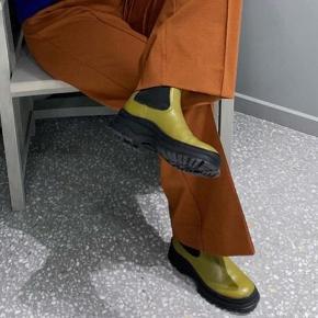 """HELT NYE ARKET """"Chunky-Sole Leather Boots"""" I læder. Købspris 1500kr"""
