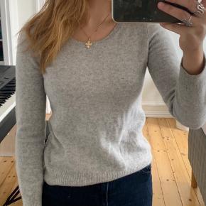Fin cashmere/uld trøje/sweater fra Uniqlo
