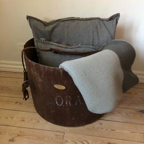 Super stor fed gammel trommekasse ❤️❤️❤️ Perfekt til opbevaring af fx tæpper og puder 👌🏻✨✨ Pris 350,- kr.