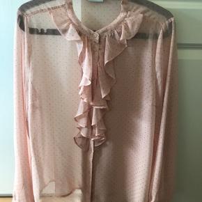 Smuk bluse fra saint tropez.  Som ny.