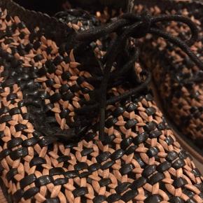 Læder sko fra Zara i flet og med hvid plateau ⚡️⚡️ Brugt en sæson