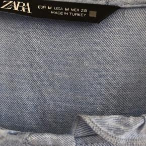 Smuk bluse - brugt en gang
