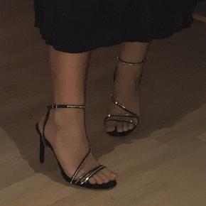 Fine hæle med små sten fra mango  Byd