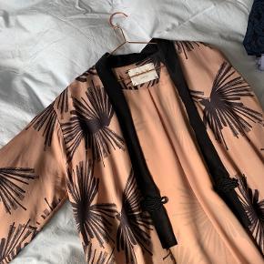 DAY Birger et Mikkelsen kimono