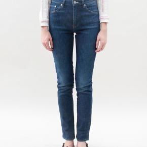 Acne needle raw jeans str 27/34