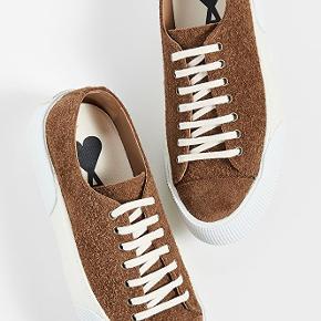 AMI sko & støvler