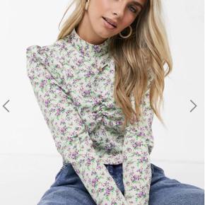 Reclaimed Vintage bluse