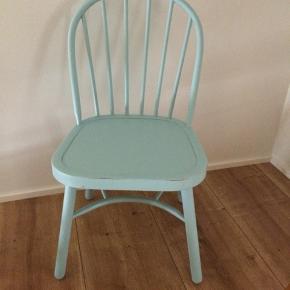 Flot gammel stol muligvis ejlersen  Fra 1940/50'erne  Ingen løse led  Med patina