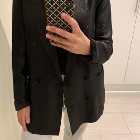 Sort shiny agtig blazer