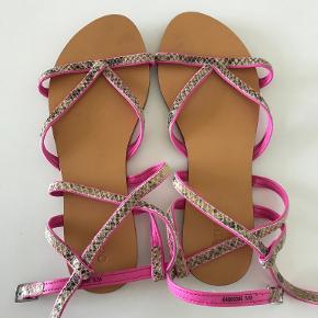 Oasis sandaler