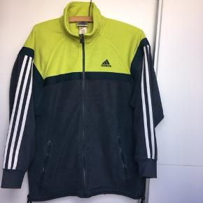 Vintage Adidas fleece, str large men fitter medium. Fin stand ☺️☺️