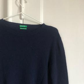 Sweater fra beneton i str m. Næsten som ny