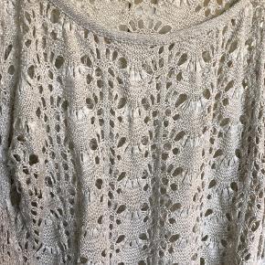 Smukkeste vintage bluse fra knitmakers. Købt vintage i New York.