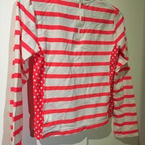 Flot trøje fra GapKids  Str. 152/12 år Mumtifarvet: hvid og pink/orange Brugt få gange  30kr