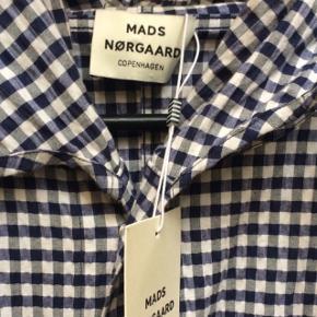 Mads Nørgaard jakke. Aldrig brugt. Nypris 2000