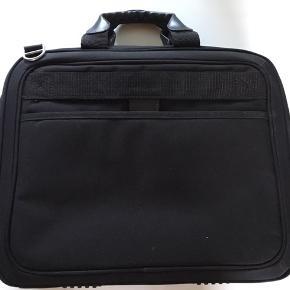 """Hp laptop taske til str  15"""""""