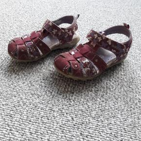 GEOX sandal str 23 Brugt  Fra røgfrit og dyrefrit hjem