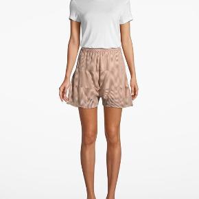 Second Female bukser & shorts