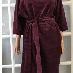 Charles Design kjole