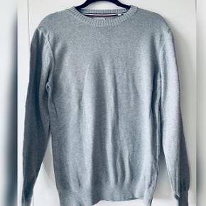 For sweater fra Gant sælges  Str m Blev ikke brugt ret meget og dermed har fint stand Mp 200kr
