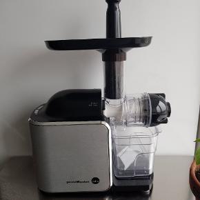 God slow juicer sælges. Wilfa SJCD-150A. Nypris 1700,-.