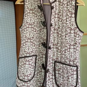 Holly Golightly vest