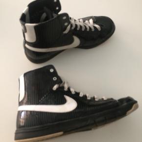 Nike str 39. I fin stand