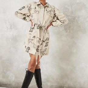 Missguided kjole