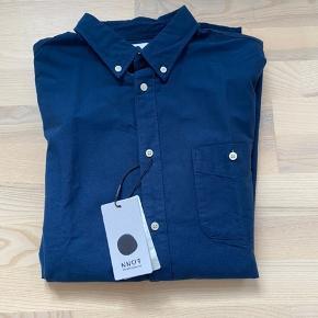 NN07 skjorte. Str L. Ny og ikke brugt.
