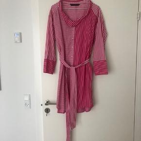 Sommer skjorte kjole fra Zara