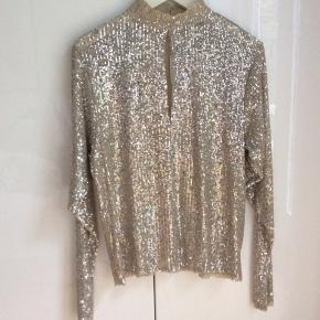 Paillet bluse fra Zara ubrugt og stadig med prismærke.
