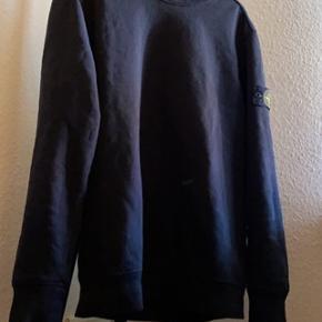Stone Island sweatshirt sælges til 700 kr  Skriv pb for flere billeder