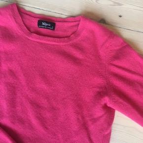 Hindbær farvet sweater / pullover fra Magasin