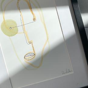 Abstrakt minimalistisk one line kunst malet med pen og akvarel på kvalitetspapir 👩🎨🎨  Størrelse: 31 x 23 cm 📏  Vær opmærksom på at ramme ikke medfølger  #Trendsalesfund #kunsttilvæggen #kunst #maleri #kunsttilhjemmet #minimalistiskkunst #billederpåvæggen #vægbilleder