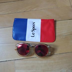Le specs sunglasses, orangeish lenses (price inkl post)