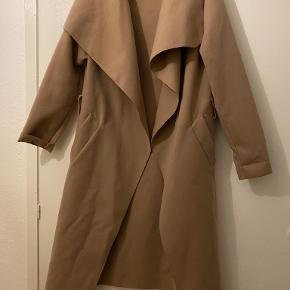 Boohoo frakke