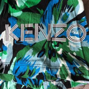 HM X kenzo staff t-shirt OVERSIZED Aldrig brugt  UNISEX Aldrig solgt i butikkerne!!