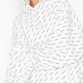 Logo Hoodie / hættetrøje fra Munthe by Simonsen ☺️