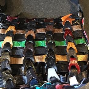 Sort multi color octopus taske i mellem str og helt ny aldrig brugt pris 400kr plus evt Porto