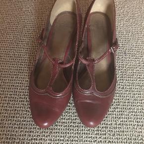 Clarks heels