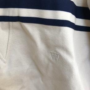 Wood Wood trøje i str Xs, men fitter uden tvivl også S. Den er brugt 2-3 gange, og kostede 600 for ny