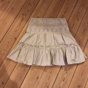 Karen Millen nederdel